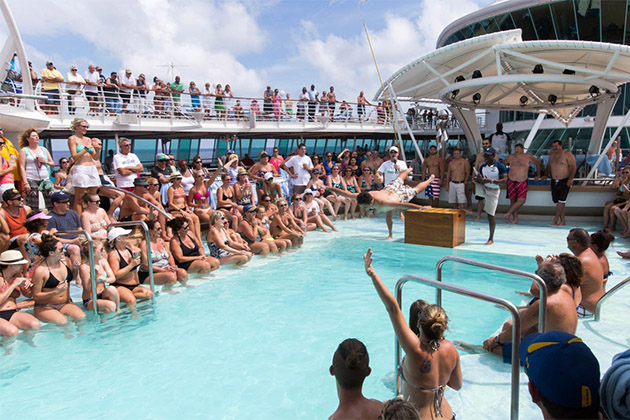 pool-deck-donts-9